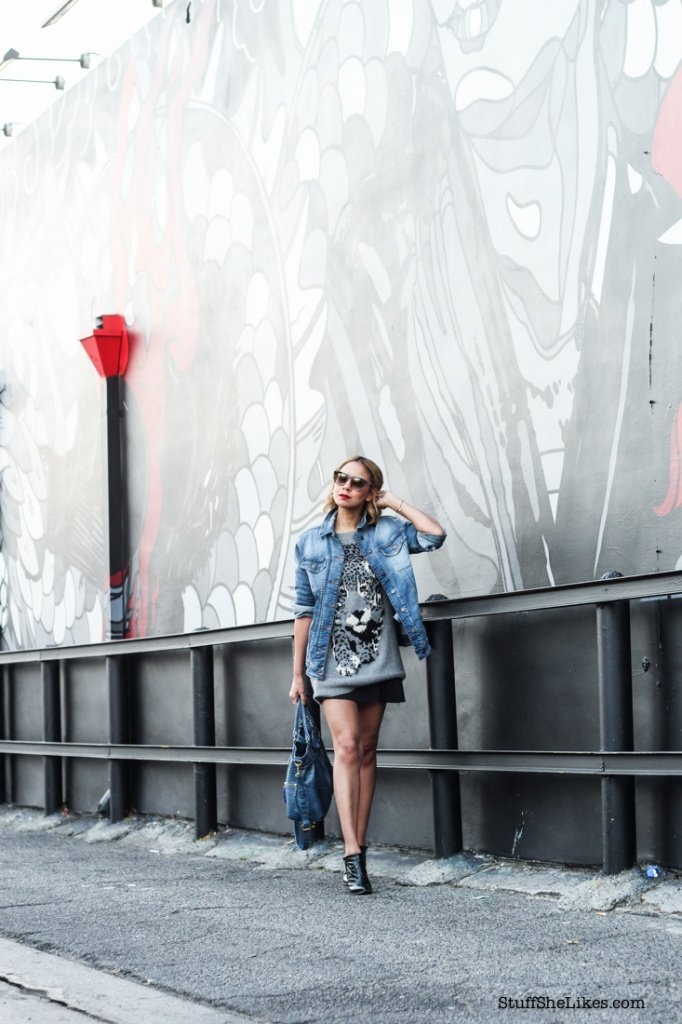 demin, Guess Jean jacket, Los Angeles blogger, top fashion bloggers, best fashion bloggers, top ten fashion bloggers, Vera wang sunglasses, Shoe Dazzle