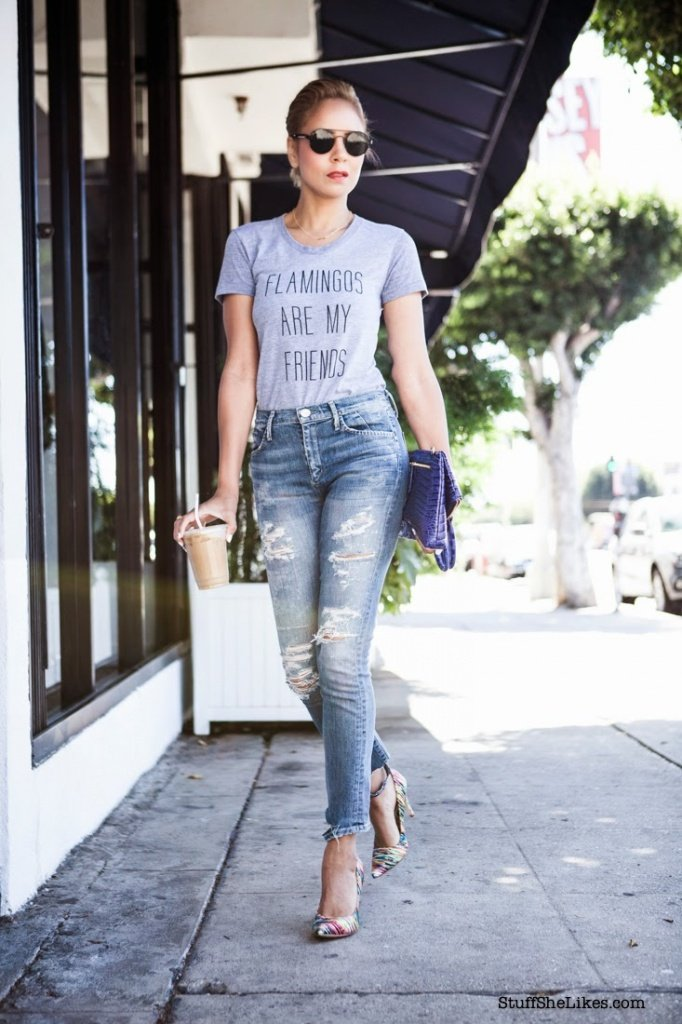 layers, tee shirt and jeans, Goldsign, ripped jeans, Topshop jewelry, Los Angeles blogger, Top los angeles blogger, top ten bloggers, best fashion blogger, top fashion blogger, Black bloggers, Mixed Bloggers, Creole bloggers,