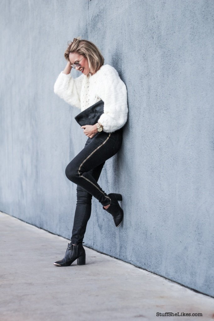Chunky white sweater, winter white, hudson jeans, Los Angeles blogger, fashion Blogger, Best fashion blogger, Top ten fashion bloggers, Taye Hansberry, Stuff She Likes, Black and White outfit, Michael Kors watch