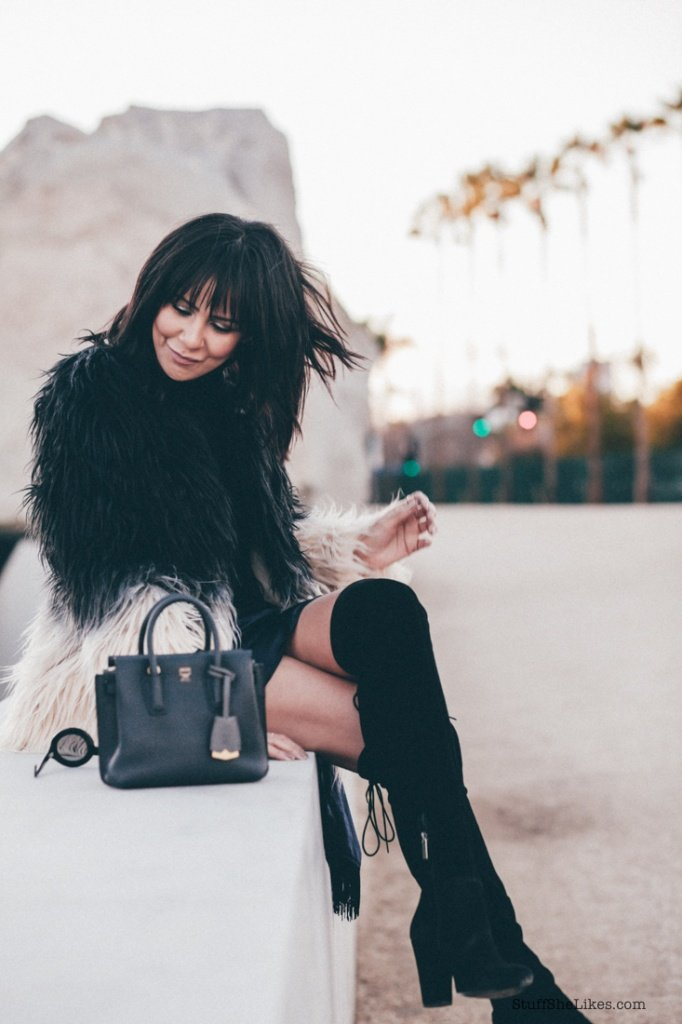 fashion blogger, blog, fashion blog, faux fur jacket, awards season, top fashion blogger, top ten fashion bloggers