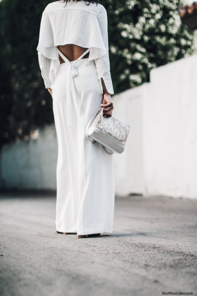 fashion Blogger, fashion blog, Vince pants, White pants, curly hair