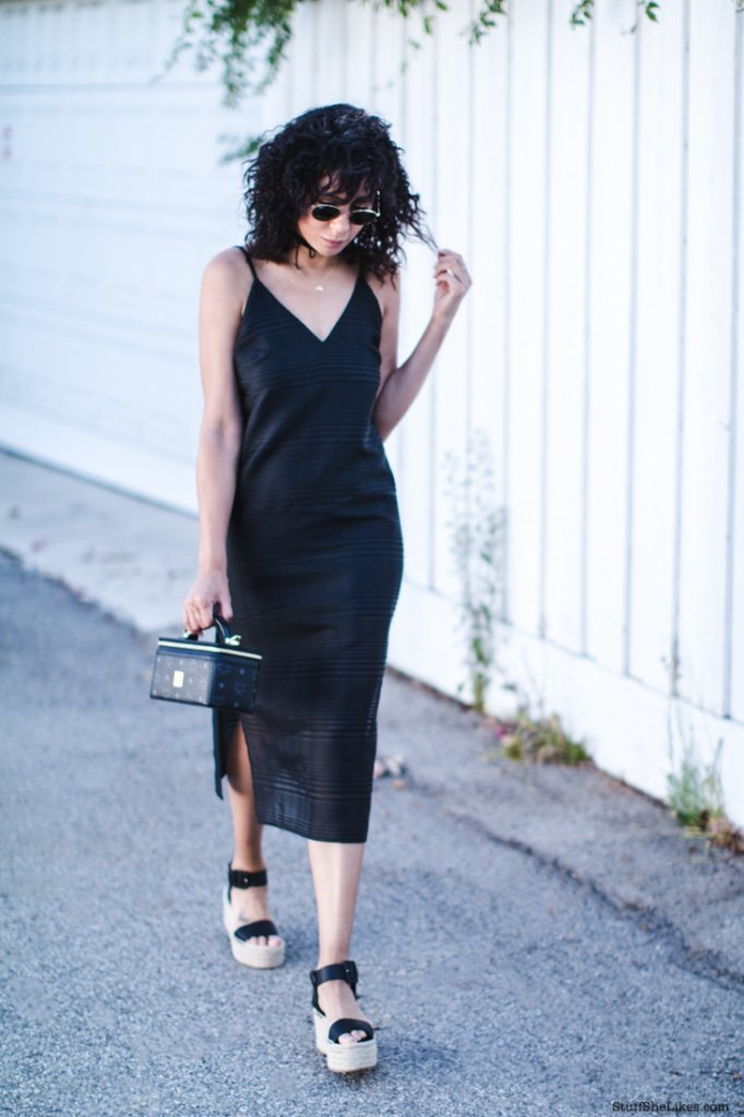 theroy shoes, BNKR, tank dress, black dress, fashion blogger, blogger, fashion, top 10 bloggers, top fashion bloggers, best fashion bloggers, amazing fashion bloggers, blogger with the best style, Black fashion bloggers,